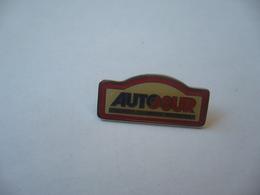PIN'S PINS  CONTRÔLE TECHNIQUE AUTOMOBILE - Badges