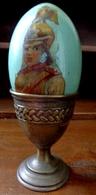 RUSSIE XIX ° OEUF EN BOIS PEINT MAIN ET LAQUE . GUERRIER . SOLDAT . ANTIQUE RUSSIAN Hand Painted Lacquered Wood Egg - Arte Popular
