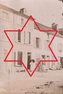 """Photo Septembre 1895 BAR-SUR-AUBE - """"Maison Lambert"""" (matériel Agricole ??) (A221) - Bar-sur-Aube"""