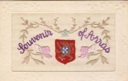Cpa Joliement Brodée Du Pas-de-Calais, Souvenir D'Arras, écusson Au Lion, écrite En 1915, Bon état - Arras