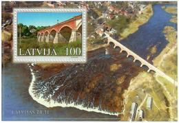 Latvia 2002 . Bridges (Kuldiga). S/S: 100.    Michel # BL 16 - Lettonie