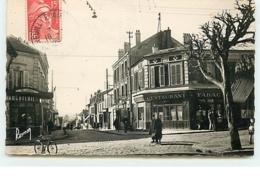 NEUILLY-PLAISANCE - Carrefour Rue Du Général-de-Gaulle - Neuilly Plaisance