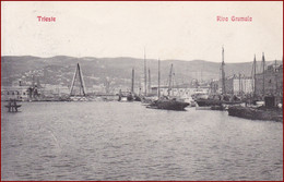 Trieste (Triest) * Riva Grumula, Strand, Hafen, Segelboot, Schiffe * Italien * AK2665 - Trieste