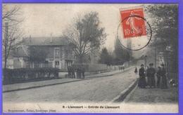 Carte Postale 60. Liancourt  Entrée Du Pays  Très Beau Plan - Liancourt
