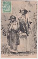 AFRIQUE. MADAGASCAR . TYPES DE FEMMES SAKALAVES - Madagascar
