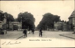 Cp Maisons Laffitte Yvelines, Entree Du Parc - Francia