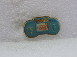 PINS MU21                   103 - Pin's