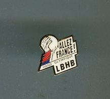 Pin's - Hand Handball LIGUE BRETAGNE HANDBALL - Hand Olympique Allez France - Handball