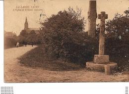 61 . Orne  : La Lande Patry : L ' église Et Le Vieux Calvaire . - Autres Communes