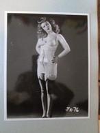 IK3 Photo Erotique 50's : JR-76 , Tirage Des 90's Provenant De La Boutique US D'IRVING KLAW , 10 X 15cm Env. - Erotiques (…-1960)