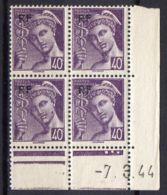FRANCE (COINS DATES) : Y&T  N° 659  DU  07/03/1944  TIMBRES  NEUFS  SANS TRACE  DE  CHARNIERE ,   A  V0IR . - 1940-1949
