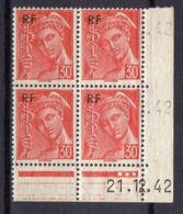 FRANCE (COINS DATES) : Y&T  N° 658  DU  21/12/1942  TIMBRES  NEUFS  SANS TRACE  DE  CHARNIERE ,   A  V0IR . - 1940-1949