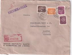 PORTUGAL 1952 LETTRE RECOMMANDEE DE LISBOA AVEC CACHET ARRIVEE HAMBURG ET TIMBRES PERFORES/PERFIN - 1910-... Republic