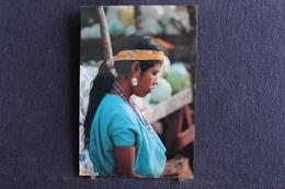 E-172 /  Donna Del Centro America /  Guatemala - India Discendente Dei Maya Tikal  / Circule - Guatemala