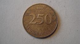 MONNAIE LIBAN 250 LIVRES 1996 - Lebanon