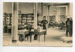 72 LA FLECHE Prytanée   Militaires En Salle D'Etudes  LL 62-  1910   D08 2020 - La Fleche