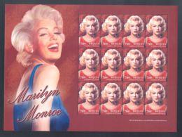 Bequia - 2004 Marilyn Monroe Sheet MNH__(THB-855) - St.Vincent Und Die Grenadinen