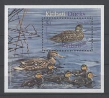 Kiribati - 2001 Native Waterfowl Block MNH__(TH-17567) - Kiribati (1979-...)