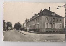 SENNECEY LE GRAND (71 - Saône Et Loire) - Rue Du 4 Septembre - Groupe Scolaire - France