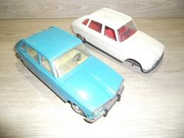 LOT JEU JOUET AUTO RENAUTL R 16 JOUSTRA  A RESTAURER POUR PIECE FRICTION - Toy Memorabilia