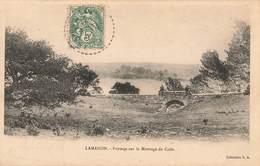 13 Lamanon Paysage Pont De Pierre - Otros Municipios