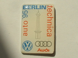 PIN'S AUDI /  VOLKSWAGEN - BERLIN TECHNICA AUTO '95 - Audi