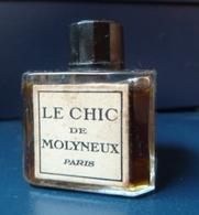 Flacon Ancien - Le Chic De Molyneux  -  Réf, T 02  (plein) - Unclassified
