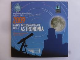Coffret 8 Pièces San Marino De 1 Cent à 2 Euro 2009. Année International De L'Astronomie. UNC. - San Marino