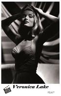 VERONICA LAKE (PB17) - Film Star Pin Up PHOTO POSTCARD - Pandora Box Edition Year 2007 - Donne Celebri