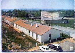 87 - ORADOUR Sur VAYRES - Les écoles - Ed Farou PA 92 - Voiture DS - Oradour Sur Vayres