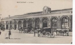 474  82 MONTAUBAN  LA GARE  ( Calèches Chevaux)  Animation,  Belle Carte    Tarn Et Garonne - Montauban