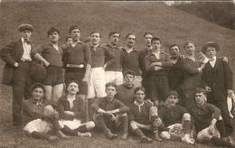 Cpa De Rugby, Joueurs D'une équipe De Lourdes ?, Carte-photo Lacaze Vers 1910, Dos Vierge - Rugby