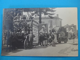 17 ) Saintes  - Carte Photro : Cavalcade Du 27 Mai 1928 - Char De La Créme De Gruyére GRAF - Mr ARDON Cours National - Saintes