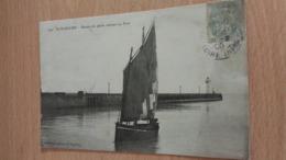 CPA -  264. ST NAZAIRE -  Bateau De Pêche Entrant Au Port - Saint Nazaire