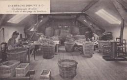 279717Champagne Duminy & Co Chantier, Choix Et Marquage De Bouchons Nr.12 (voir Coins) - Wijnbouw