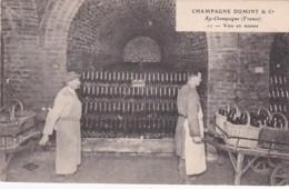279719Champagne Duminy & Co Chantier, Vins En Masses Nr. 11 (petite Pli Gauche Inf.) - Wijnbouw