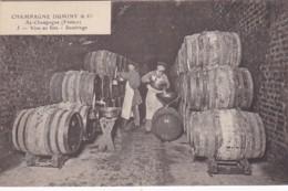 279723Champagne Duminy & Co Chantier, Vins En Fûts – Soutirage Nr. 5 - Wijnbouw