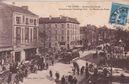 51 REIMS Avenue Jean Jaurès Le Marché Aux Puces ,passage Du Tramway - Reims