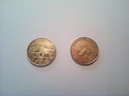Lot De Deux Jetons Monnaie De Paris, Mémorial De Caen 1998 Et Arromanches 1999 - Non-datés