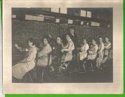 Centrale Ou Standard Téléphonique, Standardistes  En 1929 Photo 21 Cm X 27 Cm - Mestieri