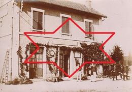 Photo Juillet 1896 NEUILLY-L'EVEQUE - La Gare, Soldats (A221) - Photos