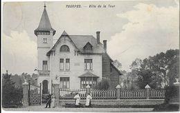 Tourpes  ( M 5469 )  Petite Animation Devant La Villa De La Tour - Leuze-en-Hainaut
