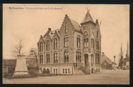 SINT LAUREINS  GEMEENTEHUIS EN GEDENKSTEEN - Sint-Laureins