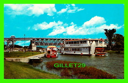 LOCKPORT, MANITOBA - ST ANDREWS DAM AND LOCKS, ANIMATED WHITH SHIPS - COMMERCIAL PHOTO SERVICE - - Other
