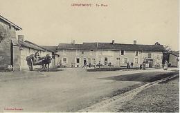 CPA GIFFAUMONT  (MARNE) 51 - La Place - Animée - France