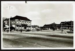 Carte Photo - 1958 - Roermond - Stationsplein - Uitg. Hotel De La Station Fa Vincken - 2 Scans - Roermond