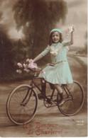 Charleroi Un Bonjour  Fillette Cycliste 1913 - Charleroi