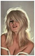 Sexy BRIGITTE BARDOT Actress PIN UP PHOTO Postcard - Publisher RWP 2003 (105) - Artistes