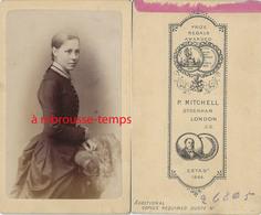 CDV London- Jeune Femme Vers 1875-photo Mitchell -Sydenham - Photos