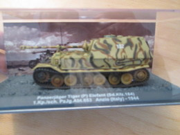 CARTONCAV / Modèle Réduit Char  Allemand 39/45 TIGRE ELEFANT 1944 , état Comme Neuf - Panzer
